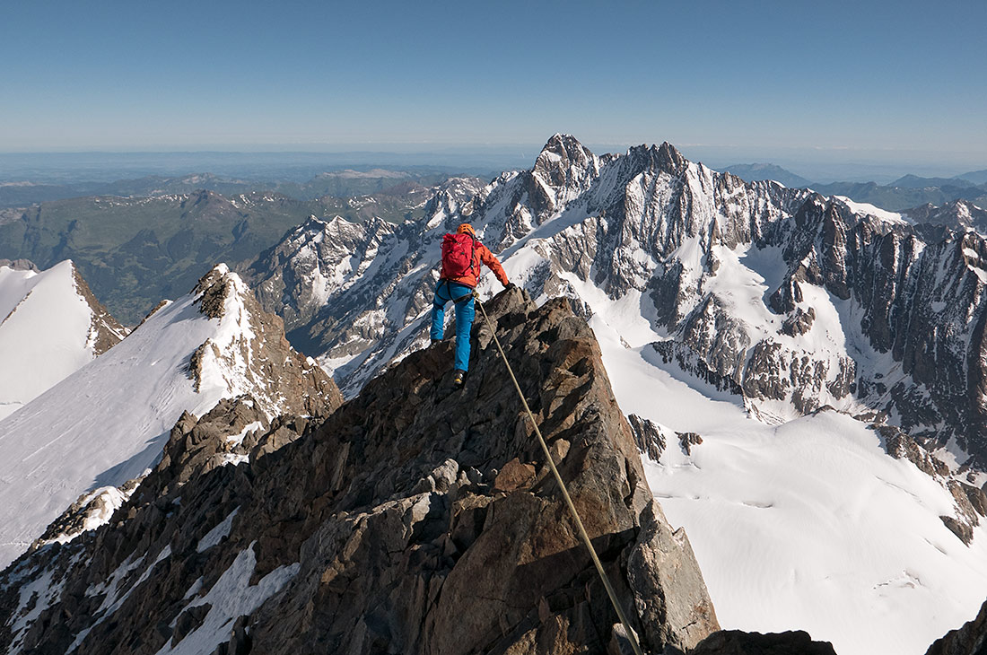 The traverse of the Finsteraahorn
